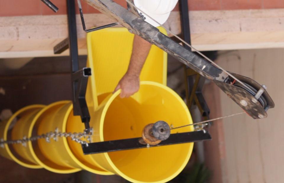 Le palonnier de levage pour colonne ITM pour l´ assamblée d úne colonne de goulottes a chantier